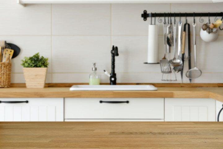 Küchenarbeitsplatte lackieren