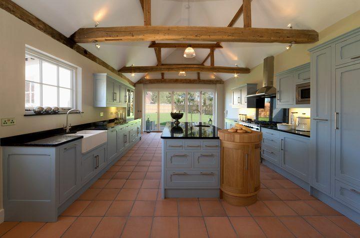 Küchenfronten renovieren » So peppen Sie sie auf