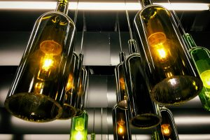Küchenlampe aus Flaschen