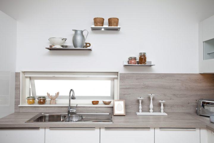 Küchen mit Küchenrückwand in Blau und Laminat Ideen, Design ...