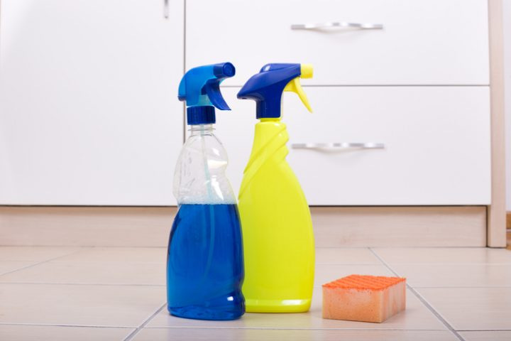 Küchenschrank riecht