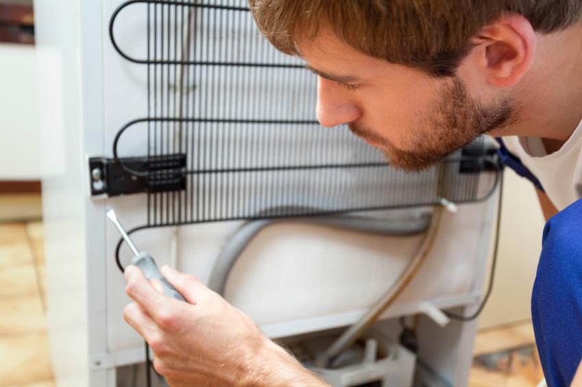 Bosch Kühlschrank Wird Heiß : Kühlflüssigkeit vom kühlschrank kann sie auslaufen