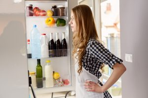 Kühlschrank knackt