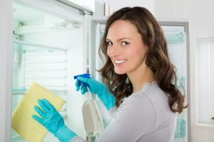 Keime im Kühlschrank