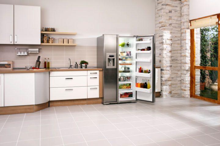 Kühlschranktür offen
