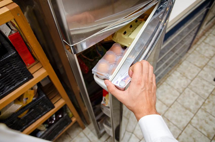Bett Quietscht Holz Was Tun ~ Wenn der Kühlschrank beim Öffnen quietscht, schafft oft eine