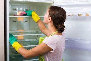 Kühlschrank säubern