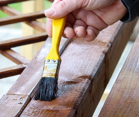 Larchenholz Streichen Das Sollten Sie Beachten