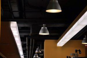 LED Röhre blinkt