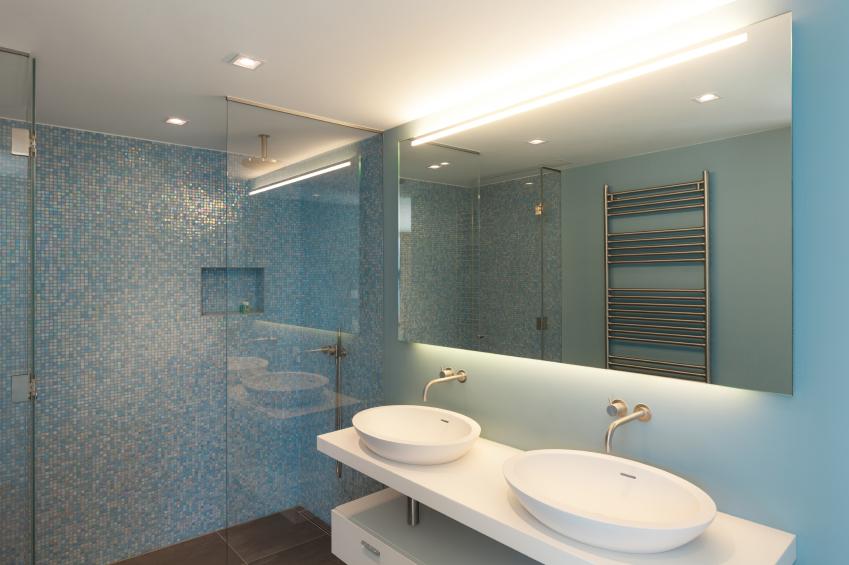 Lackspanndecke fürs Bad » Das sollten Sie bedenken