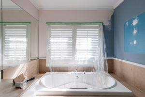 Badezimmer streichen Latexfarbe