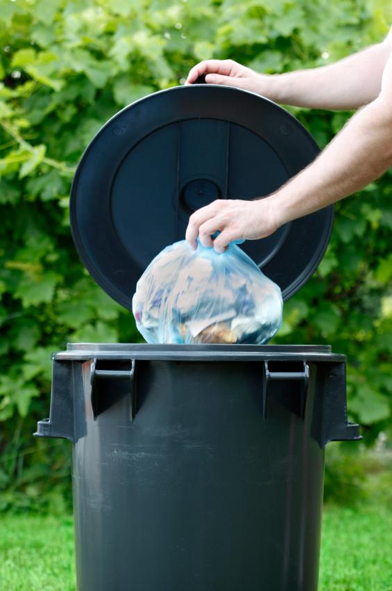 Mülleimer stinkt » Was können Sie dagegen tun?