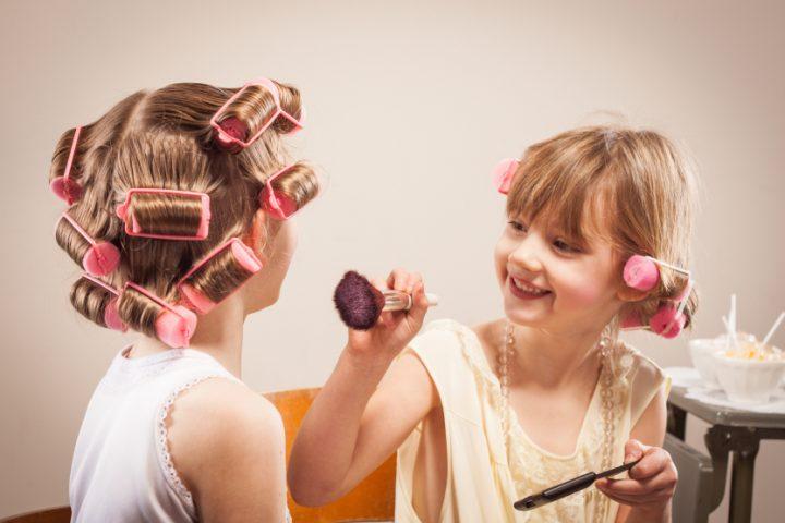Puder und Eyeliner Flecken entfernen