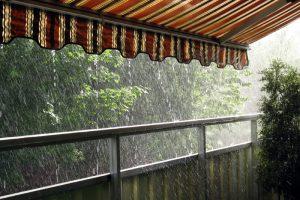 Markise als Regenschutz