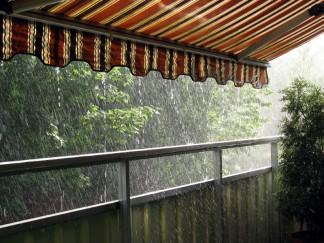 Die Markise als Regenschutz