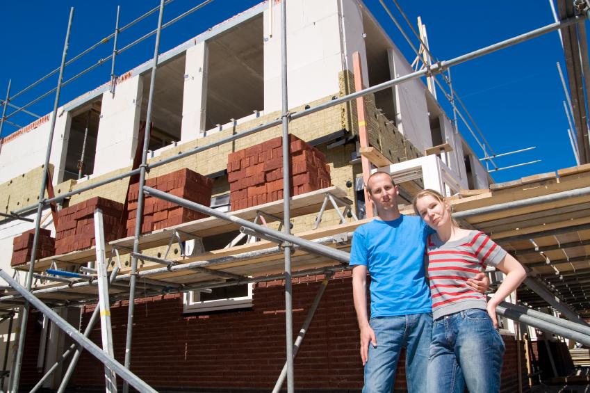 Wie können Erfahrungen beim Bau eines Massivhauses helfen?
