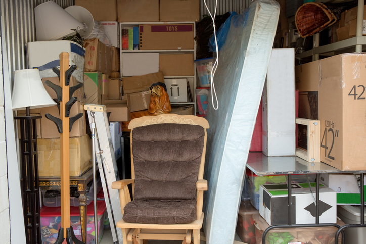 matratze lagern lagerorte und vorbereitung. Black Bedroom Furniture Sets. Home Design Ideas