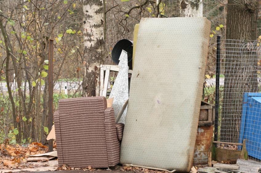 matratzen auf dem sperrm ll entsorgen das ist zu beachten. Black Bedroom Furniture Sets. Home Design Ideas