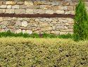 Mauer als Sichtschutz im Garten