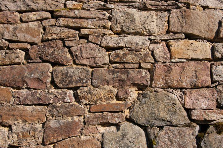 Ruinenmauer bauen