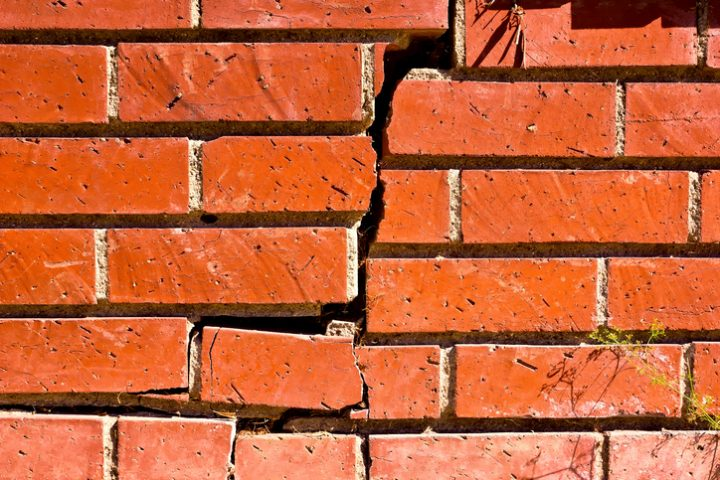 Mauer instabil