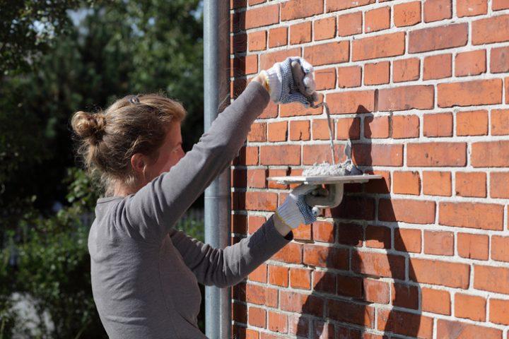 Mauer neu verfugen