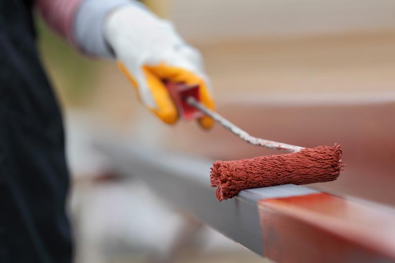 Metall fachgerecht streichen so wird es gemacht for Renovieren streichen