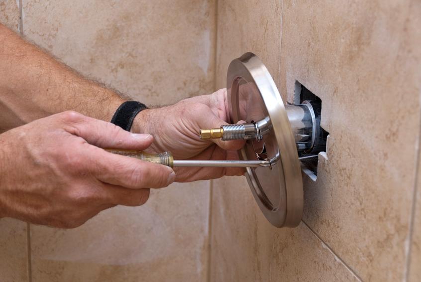 mischbatterie in der dusche austauschen so geht 39 s. Black Bedroom Furniture Sets. Home Design Ideas