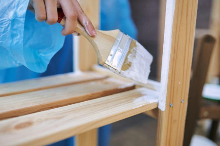 Möbel mit Kreidefarbe streichen