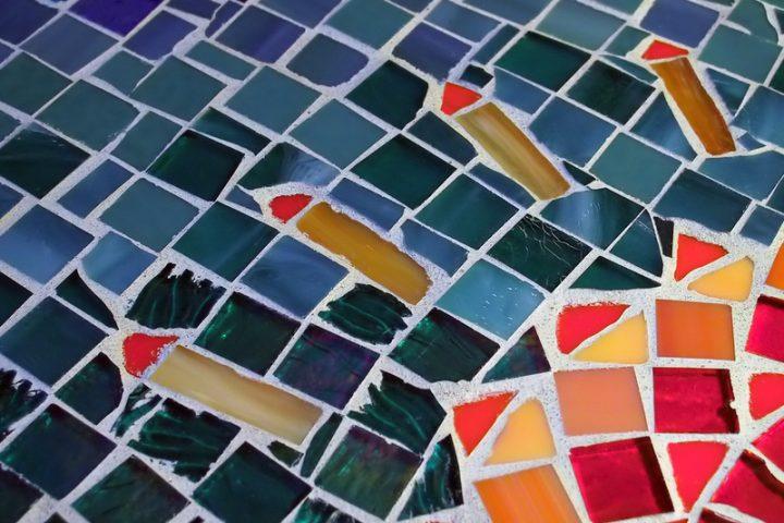 Mosaiktisch Eigenbau