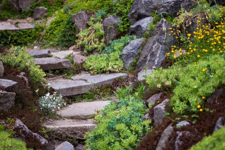 Natursteintreppe Garten