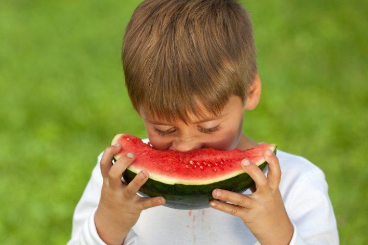 Flecken durch Obst