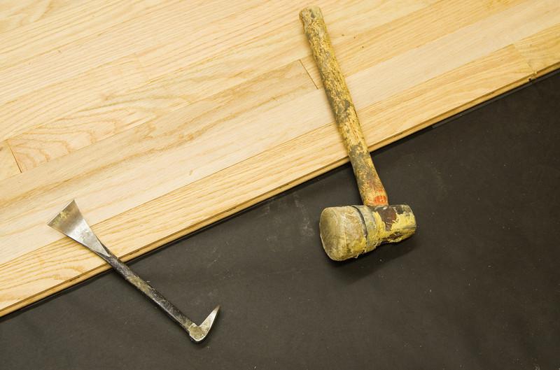 Fußboden Verlegen Werkzeug ~ Parkett verlegen preise arbeitsschritte und kosten in der Übersicht
