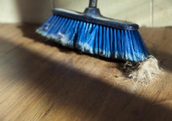 parkettboden reinigen mit der 4 schritt anleitung zum. Black Bedroom Furniture Sets. Home Design Ideas