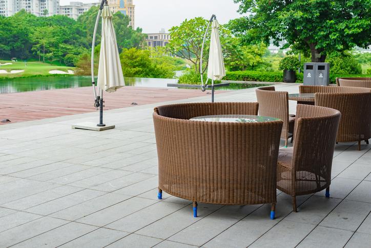 rattan wetterfest machen so geht 39 s. Black Bedroom Furniture Sets. Home Design Ideas