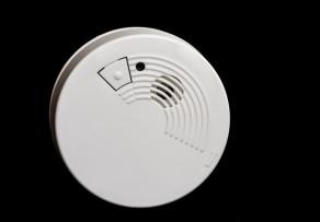 geplante rauchmelderpflicht in berlin alle fakten. Black Bedroom Furniture Sets. Home Design Ideas