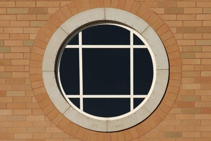 Rundfenster einbauen