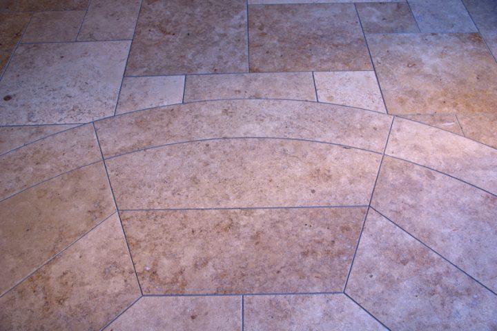 Sandsteinplatten reinigen