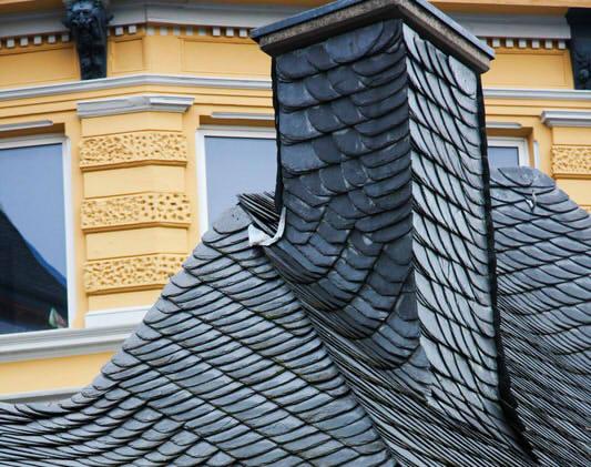 holzschindeln verlegen anleitung verlegetipps verlegen von dachschindeln holzschindeln dach. Black Bedroom Furniture Sets. Home Design Ideas