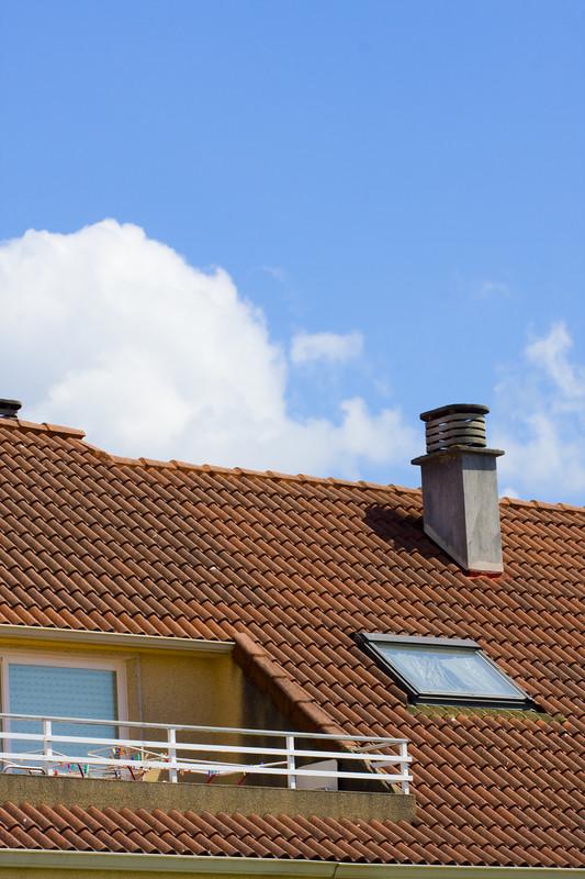schornstein der richtige abstand zum dach. Black Bedroom Furniture Sets. Home Design Ideas