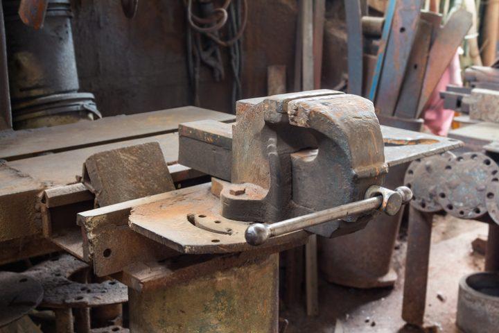 Schraubstock renovieren