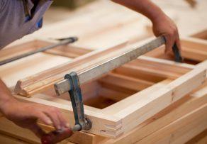 schraubzwinge selber bauen anleitung in 4 schritten. Black Bedroom Furniture Sets. Home Design Ideas