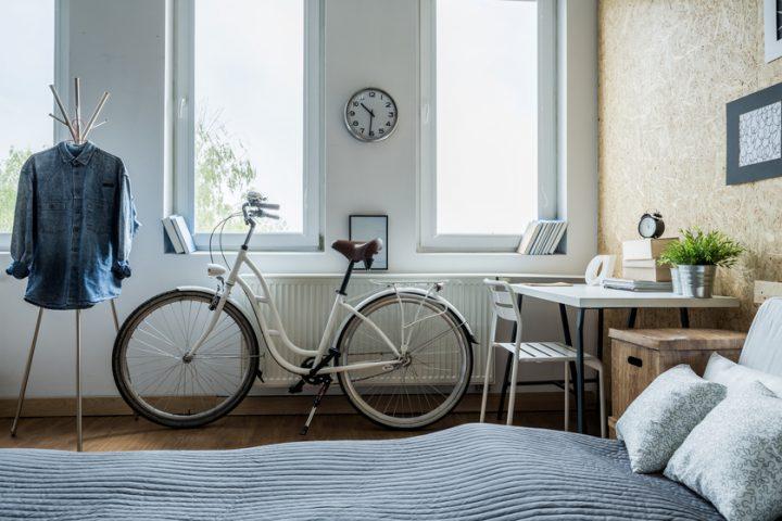 Schreibtisch im Schlafzimmer