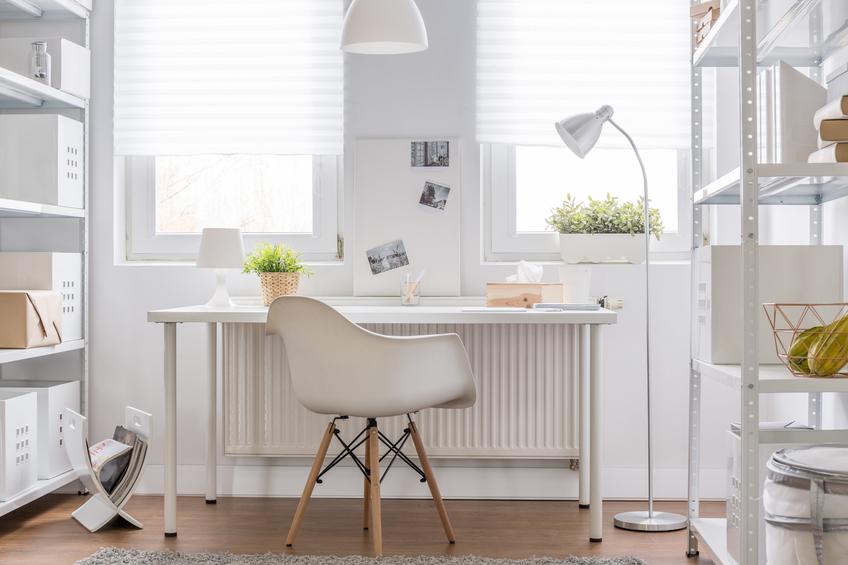 schreibtisch einrichten so arbeiten sie besser. Black Bedroom Furniture Sets. Home Design Ideas