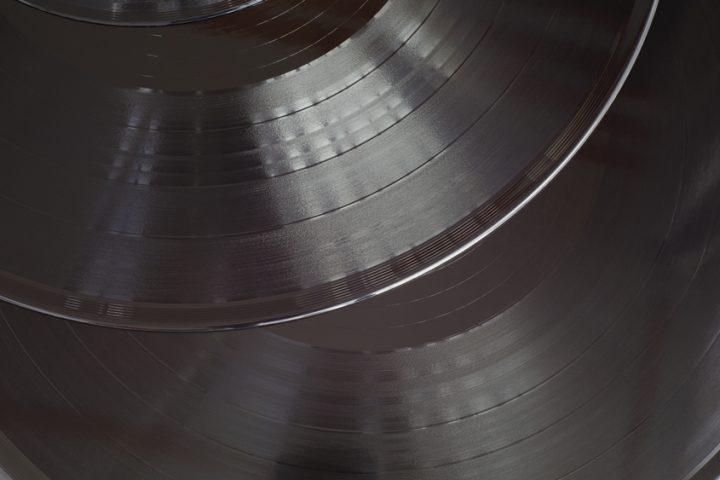 Schüssel aus Schallplatte