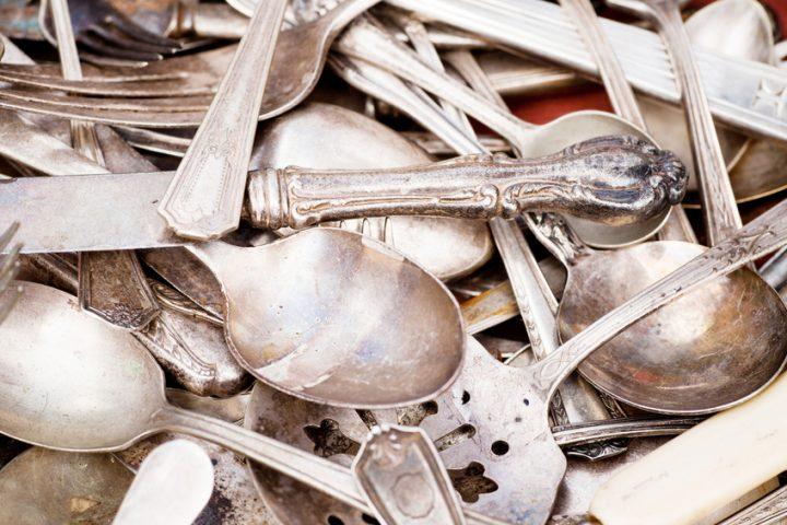 Altes Silberbesteck reinigen