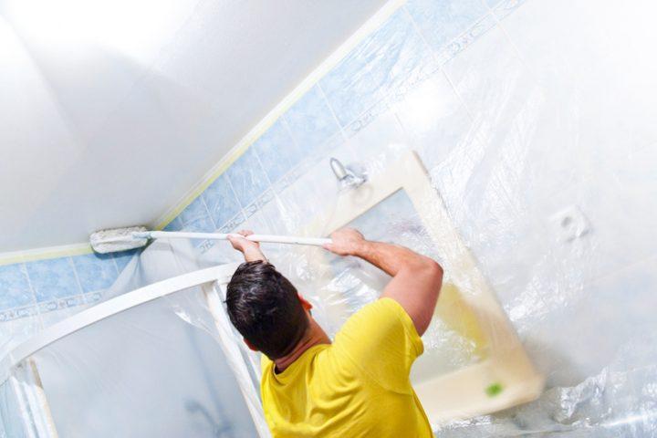 Silikatfarbe im Bad streichen » Das sollten Sie beachten