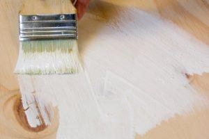Sperrholz lackieren