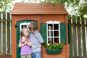 Spielhaus Holz selber bauen