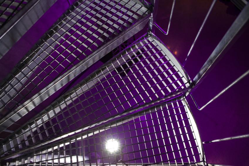 treppen selber bauen garten pool selber bauen eine verbl ffende idee treppe selber bauen. Black Bedroom Furniture Sets. Home Design Ideas